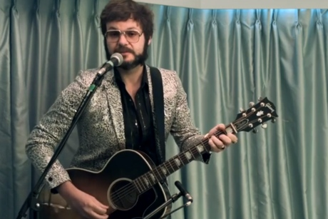 Henry Wagons 'Moon into the Sun' (live video)