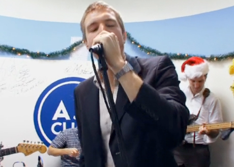 "The Walkmen ""Holiday Road"" (Lindsey Buckingham cover) (video)"