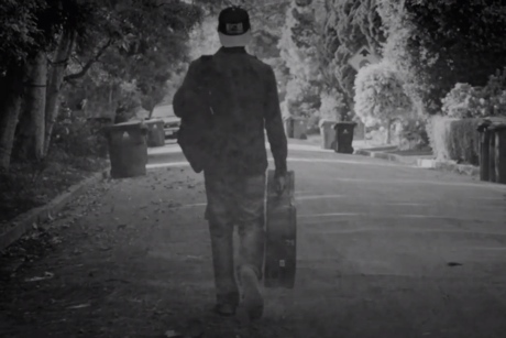 Weezer 'EWBAITE 10 'Eulogy for a Rock Band'' (trailer video)