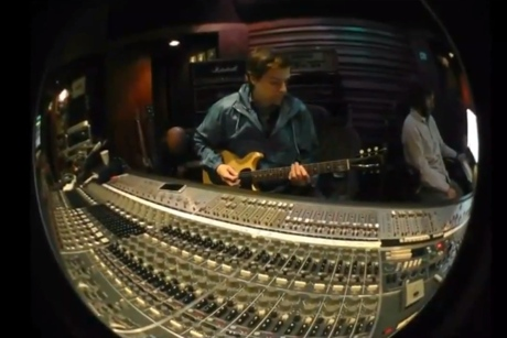 Weezer '=w= 2' (teaser video)