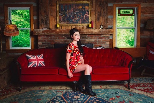 Whitney Rose Signs to Six Shooter Records