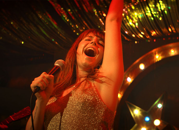 TIFF Review: 'Wild Rose' Is a Tear-in-Your-Beer Tale of Country Music in Glasgow Directed by Tom Harper