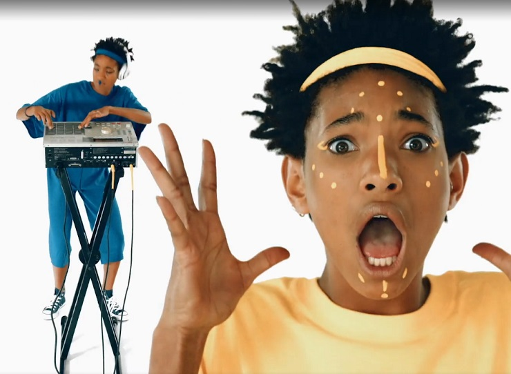 "Willow Smith ""F Q-C #7"" (video)"