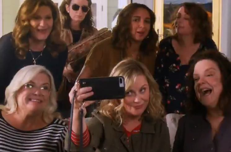 ​Watch Maya Rudolph, Amy Poehler and Tina Fey Drink a Lot of Wine in the 'Wine Country' Trailer
