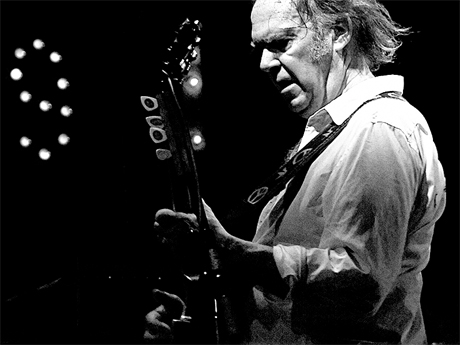 Neil Young to Be Honoured at Junos for Humanitarian Work