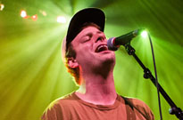 "Mac DeMarco Debuts New Song ""Fooled by Love"" on 'Colbert'"