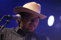 Watch Wilco Pay Tribute to the Late Daniel Johnston