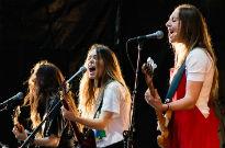 "HAIM Announce ""Sister Sister Sister"" North American Tour"