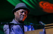 Booker T. Jones / Shakura S'AidaNathan Phillips Square, Toronto ON, June 24