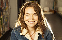 Comedian Beth Stelling Knows Your Secrets and Might Have Heard Them from Your Mom