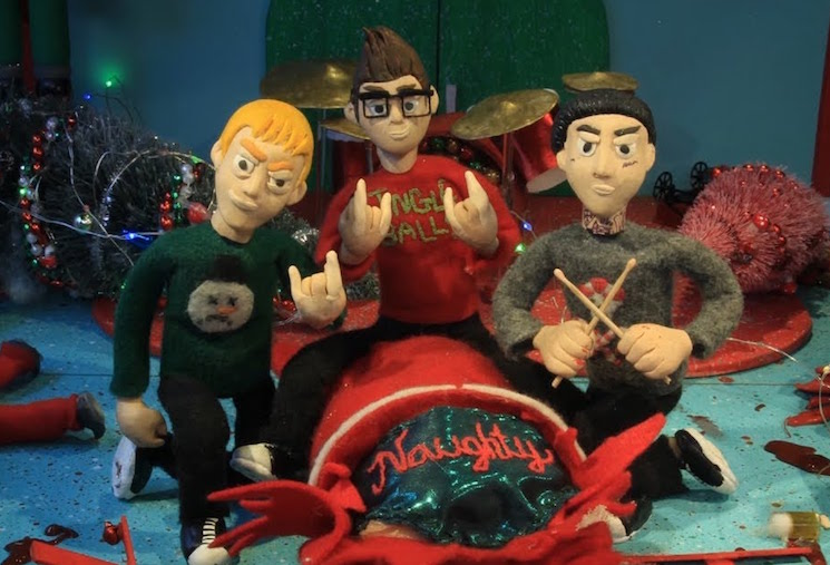 """Blink-182 Treat """"Not Another Christmas Song"""" to Gory Claymation Video"""