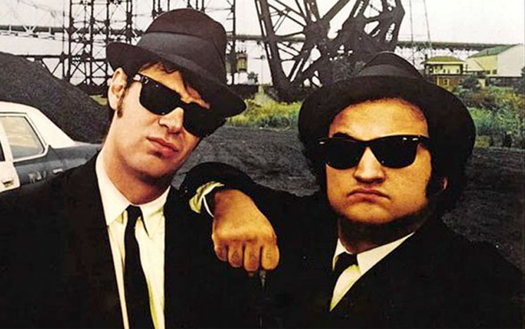 With Note Teams Dan Aykroyd Up Blue For Blues Imprint Brothers DI2WEH9