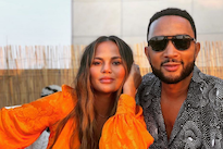 Chrissy Teigen and John Legend Announce Loss of Pregnancy