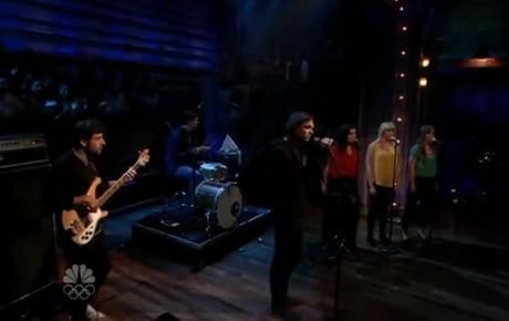 "Dirty Projectors""Gun Has No Trigger"" (live on 'Fallon')"