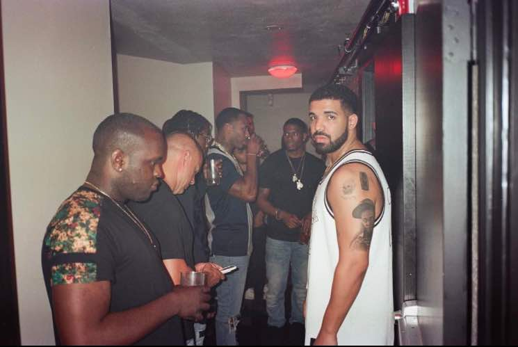 Drake has got a massive tattoo of Lil Wayne on his arm