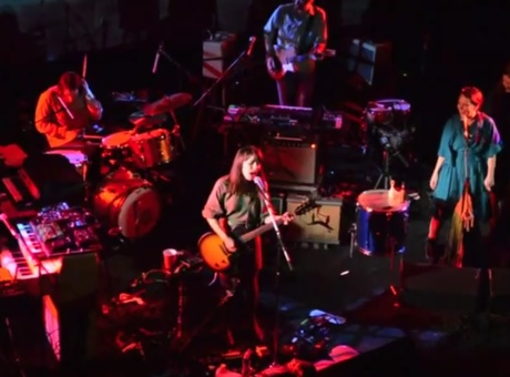 "Feist - ""November Rain"" (Guns 'N Roses cover) (live video)"