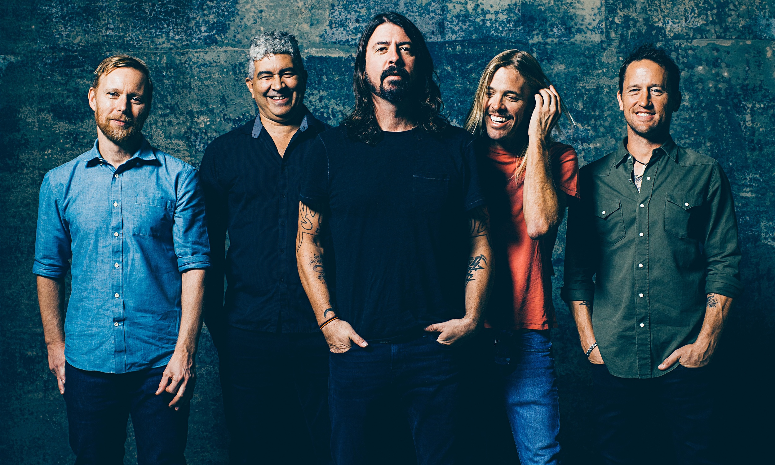 foo fighters postpone edmonton and calgary shows after dave grohl
