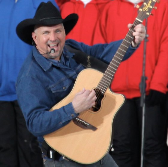 Garth Brooks Is Writing Five Memoirs