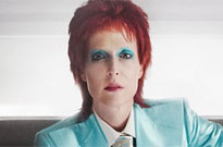 Behold Gillian Anderson as Ziggy Stardust-era David Bowie