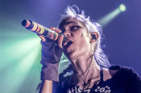 """Grimes Says She Thinks Live Music Is Going to Be """"Obsolete"""" Soon"""