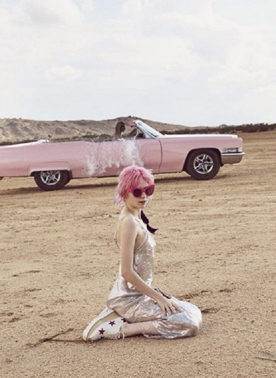 Grimes Announces Plans for Perfume Campaign with Stella McCartney