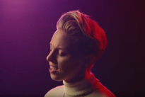 "La Roux Shares Technicolour Video for ""Gullible Fool"""