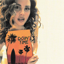 "Here's Lana Del Rey's Full Cover of Sublime's ""Doin' Time"""