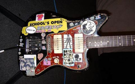 Thurston Moore S Iconic Sonic Youth Guitar Stolen