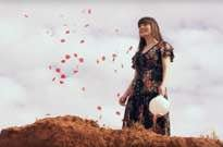 "​Rachel Beck Premieres ""Hearts on Fire"" Video"