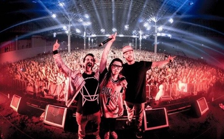 Sixteen Fans Hospitalized During Skrillex Show in Chicago