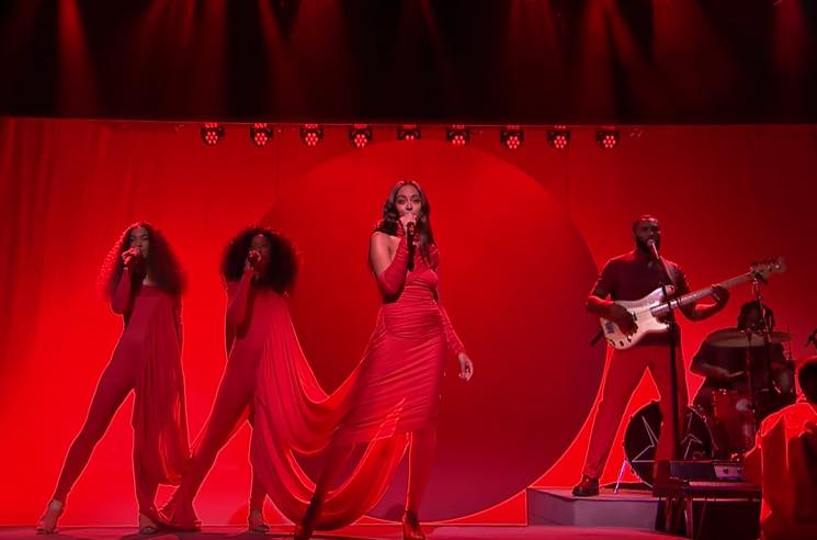 "​Watch Solange Wow with ""Rise"" and ""Weary"" on 'The Tonight Show'"
