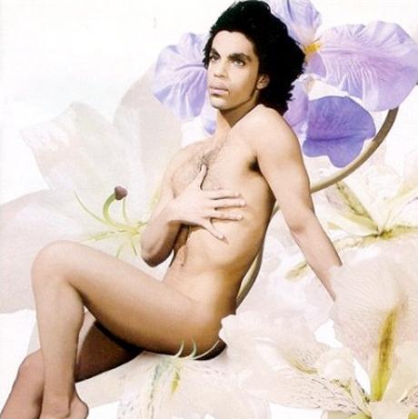 Hot girls nude dildo