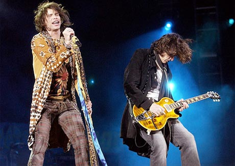 "Steven Tyler: ""I am not leaving Aerosmith... Joe Perry, you are a man of many colours. But I, motherfucker, am the rainbow!"""