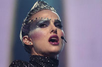 Natalie Portman's 'Vox Lux' Is Intriguing Highbrow Trash Directed by Brady Corbet