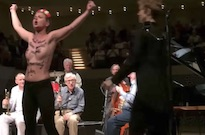 Topless Protesters Disrupt Woody Allen Jazz Concert in Germany